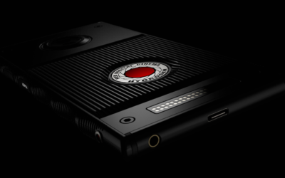 RED announces titanium smartphone with holographic screen
